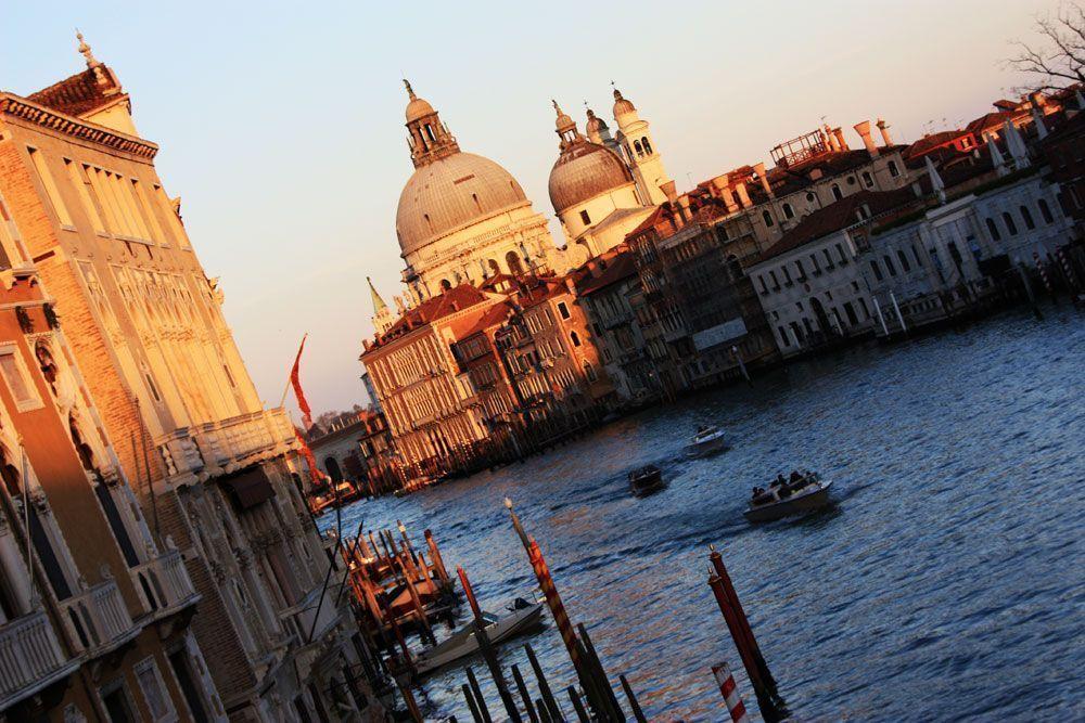 Panorámica de los canales en Venecia