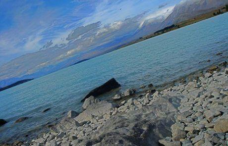 Acampando en el lago Pukaki, Nueva Zelanda