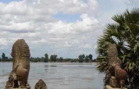 Estatuas de leones en Angkor Wat