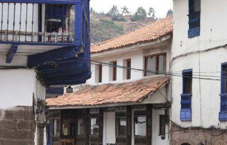 Bonita calle y casas en Cuzco