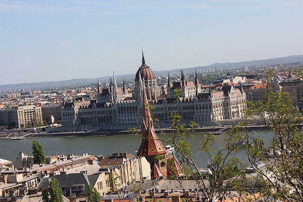Viajar a Hungría