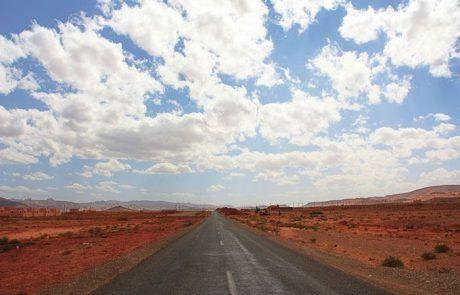 Carretera recta kilométrica, Marruecos
