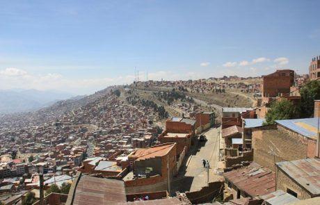 Casas en la cordillera en La Paz