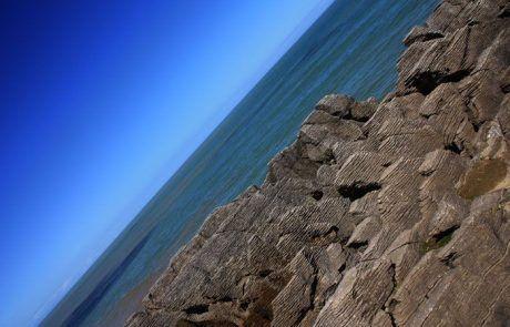 las formaciones rocosas Pancake Rocks en Nueva Zelanda