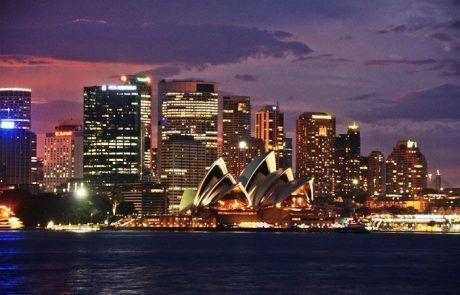 Edificio la Opera y el skyline de Sidney