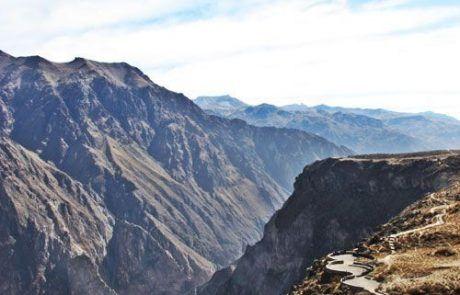 Mirador del Condor en el Cañón del Colca en Perú