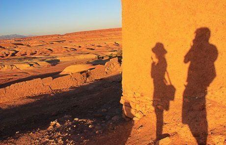 Nuestras sombras contemplando los Atlas, Marruecos