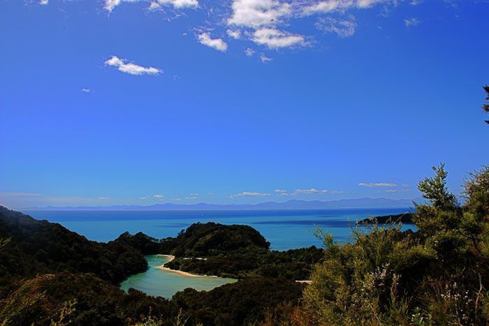 Panorámica de Abel Tasman National Park en Nueva Zelanda