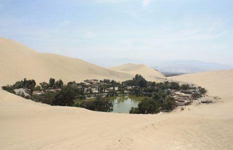 Panorámica del oasis de Huacachina