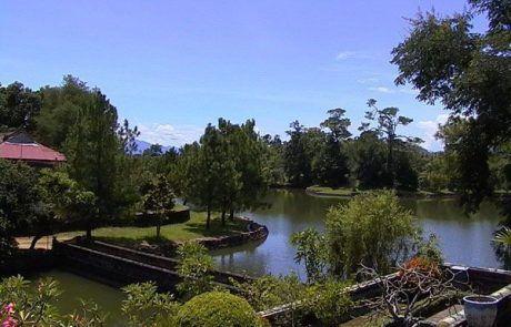 Panorámica del lago Hoan Kiem