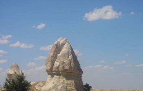 Piedras del Valle de la Rosa en la Capadocia, Turquía