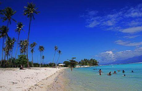La playa de Temae en Moorea