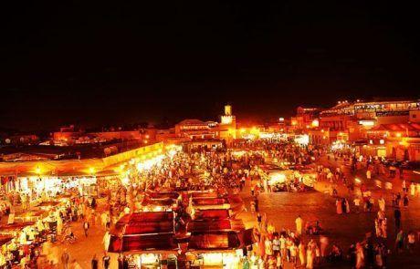 Plaza Djmaa el Fna de noche, Marrakesh