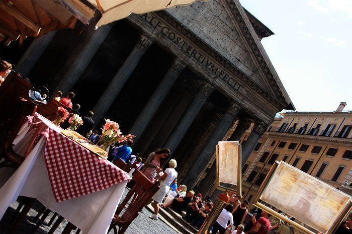 Restaurante en el exterior del Panteón