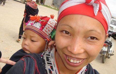 Retrato de madre e hijo en Sapa