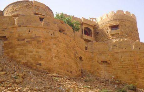 Torres del fuerte de Jaisalmer en el Rajastán