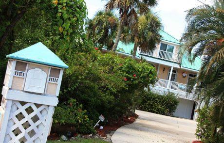 Bonita casa y buzón en la Isla de Captiva