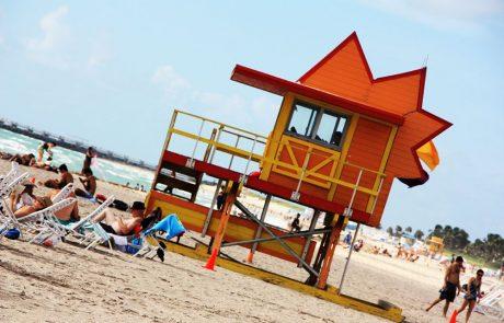 tomando el sol en Miami beach
